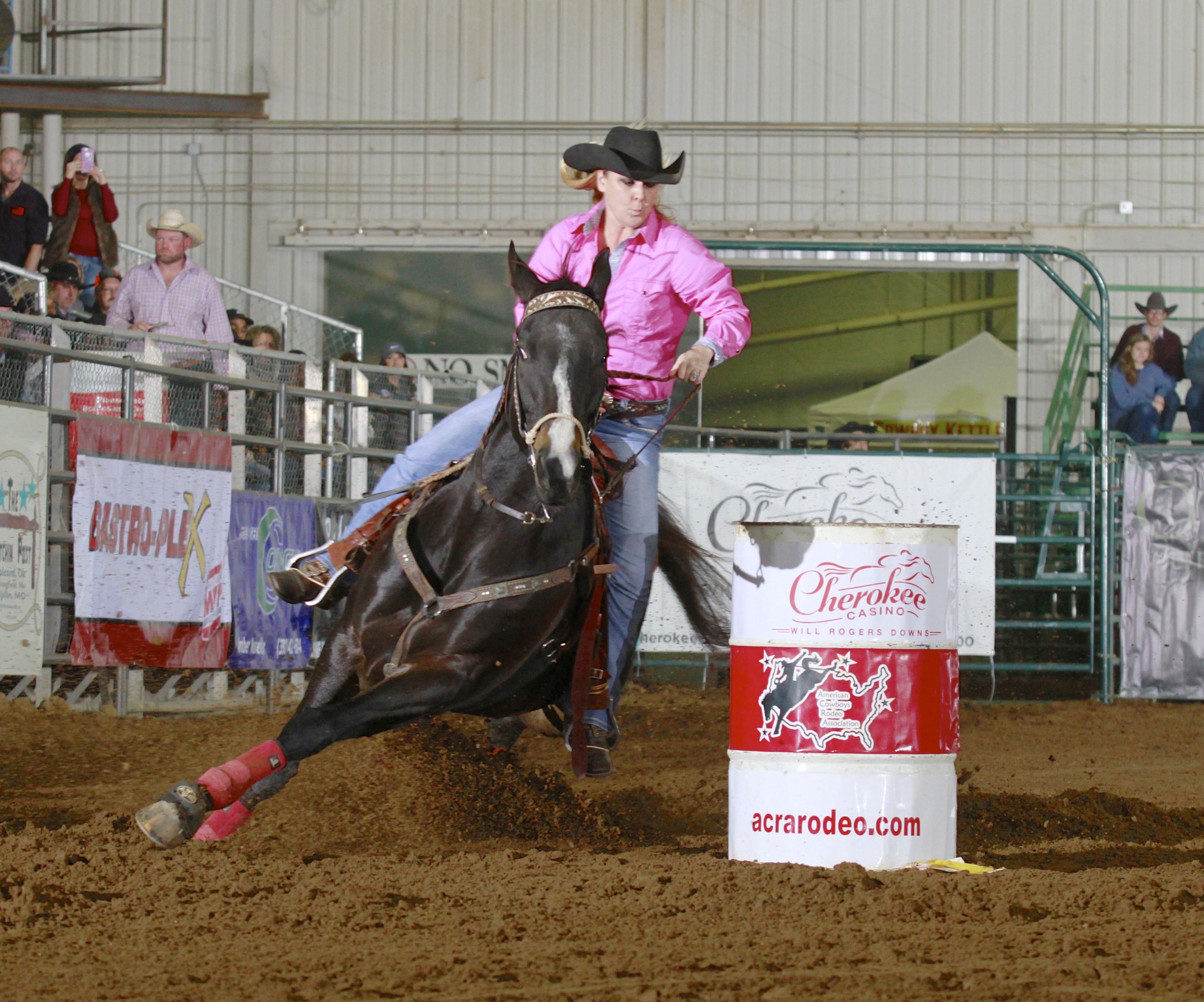 2017 Champion Barrel Racer - Leslie Smalygo